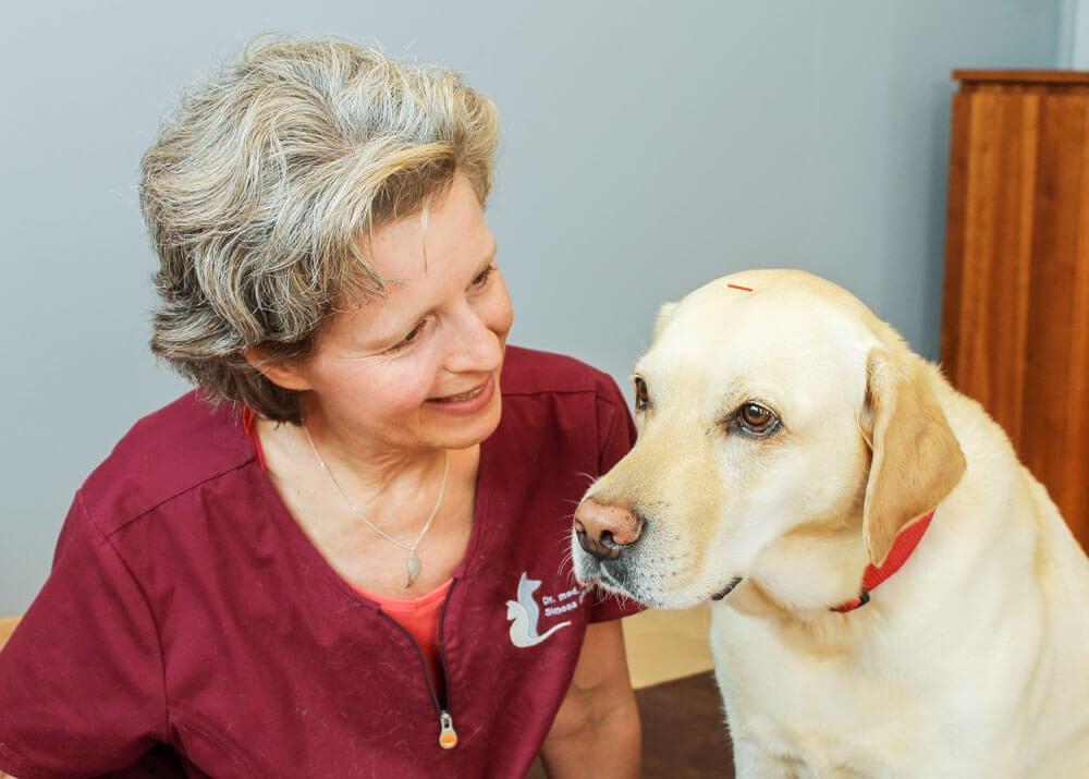 Simona Billeter mit Hund